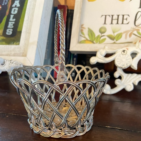 Vintage International silver plate basket